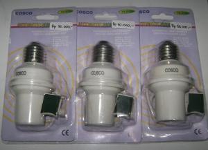 Fitting Lampu Otomatis